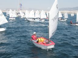 noef-races-optimist-laser-eirnis-filias-2009-04-05 (12)